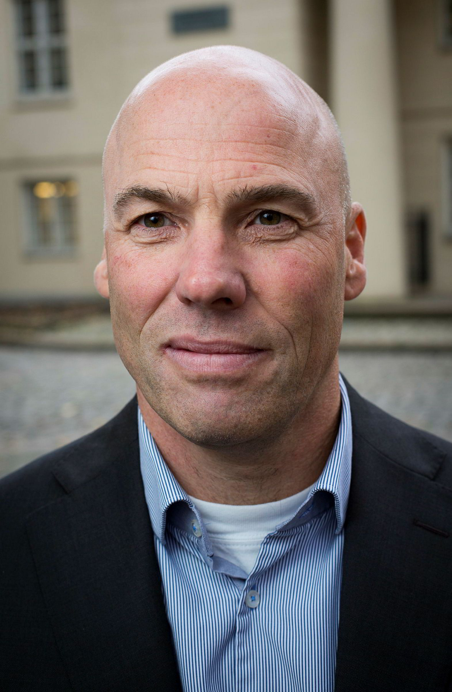 Geir Holen i Finanstilsynet sier bruddene i Nordic Securities er så alvorlige at det ikke gis midlertidig utsettelse.