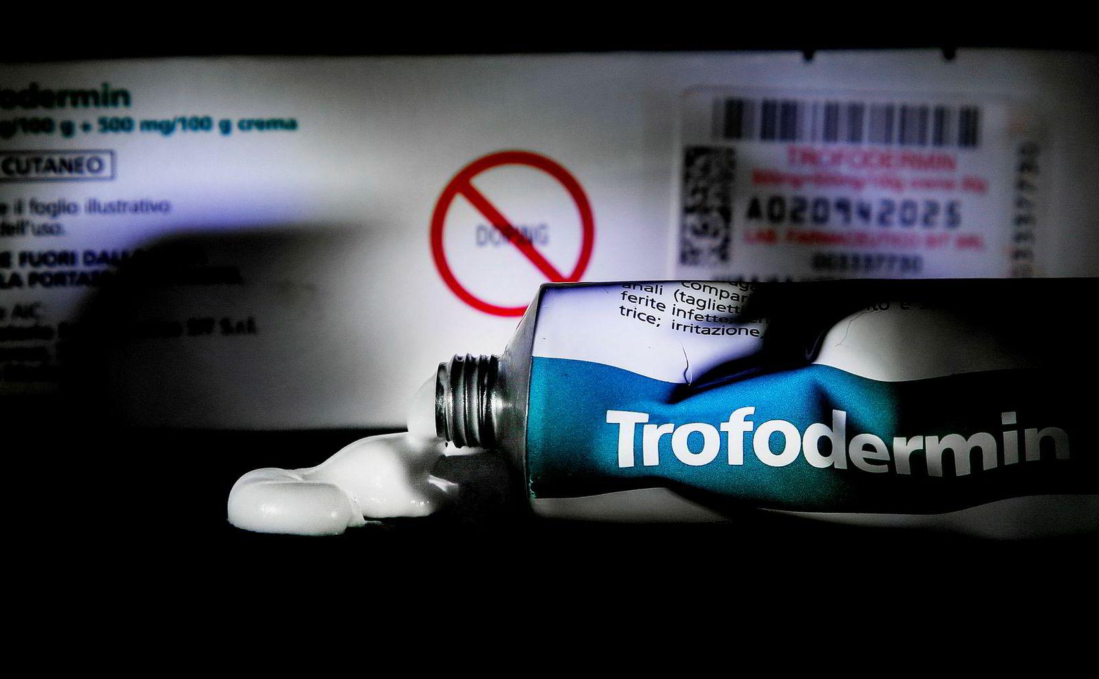 Bildet viser en tube med Trofodermin, kremen Therese Johaug brukte.