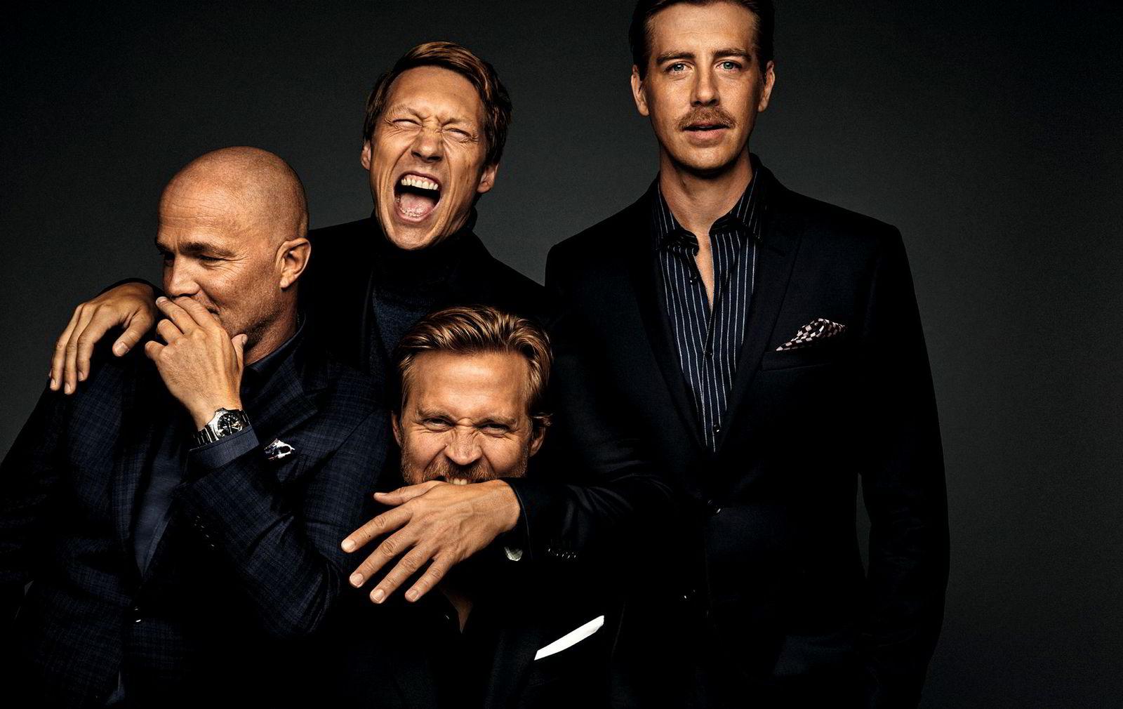 Karakterene Jeppe (Jon Øigarden), Adam (Simon Berger), Henrik (Tobias Santelmann), og William (Pål Sverre Hagen) er basert på fire ekte investorer.
