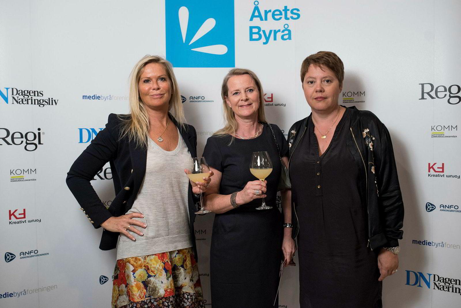 Gry Birgitte Bækkelund, Magnhild Foldøy og Nanna Grønli i Saatchi & Saatchi.