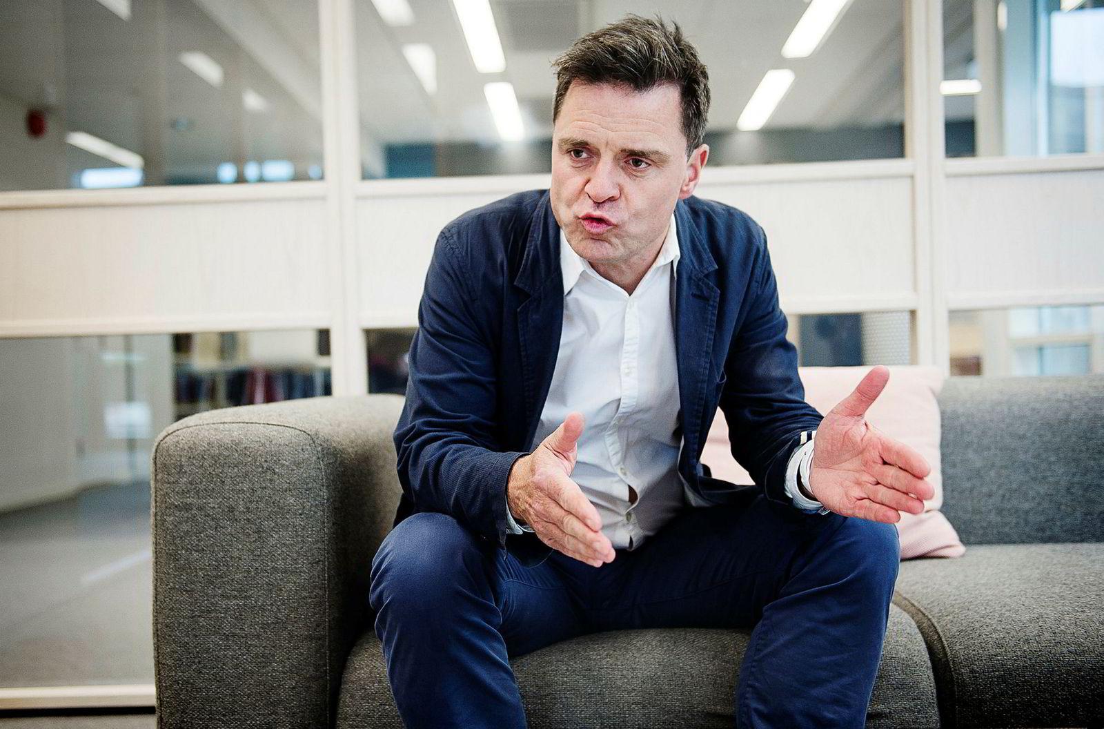 Sjefredaktør Espen Egil Hansen i Aftenposten har søkt Google om penger til å videreutvikle tilbudet til unge lesere. 