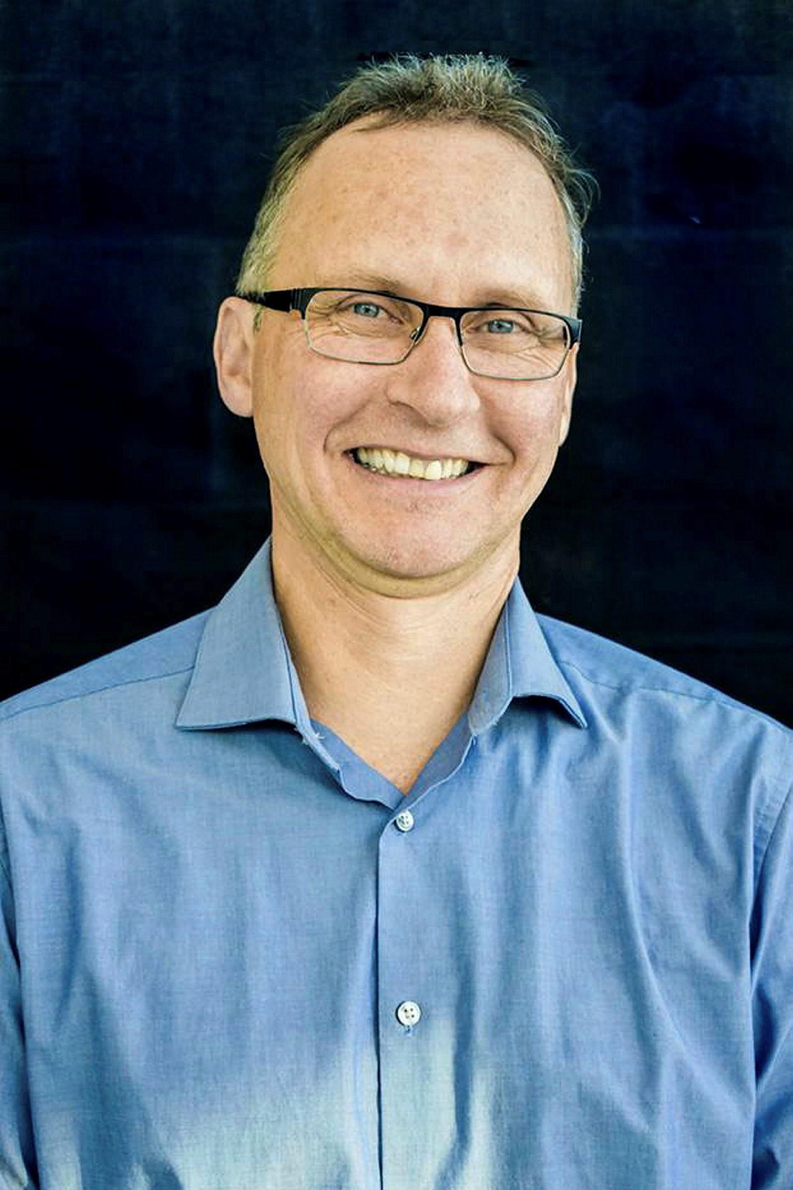 – Det er ikke slik at jo tidligere man starter i organisert idrett, jo bedre blir man som voksen utøver, understreker Jean Côté, professor ved Queens University i Canada.