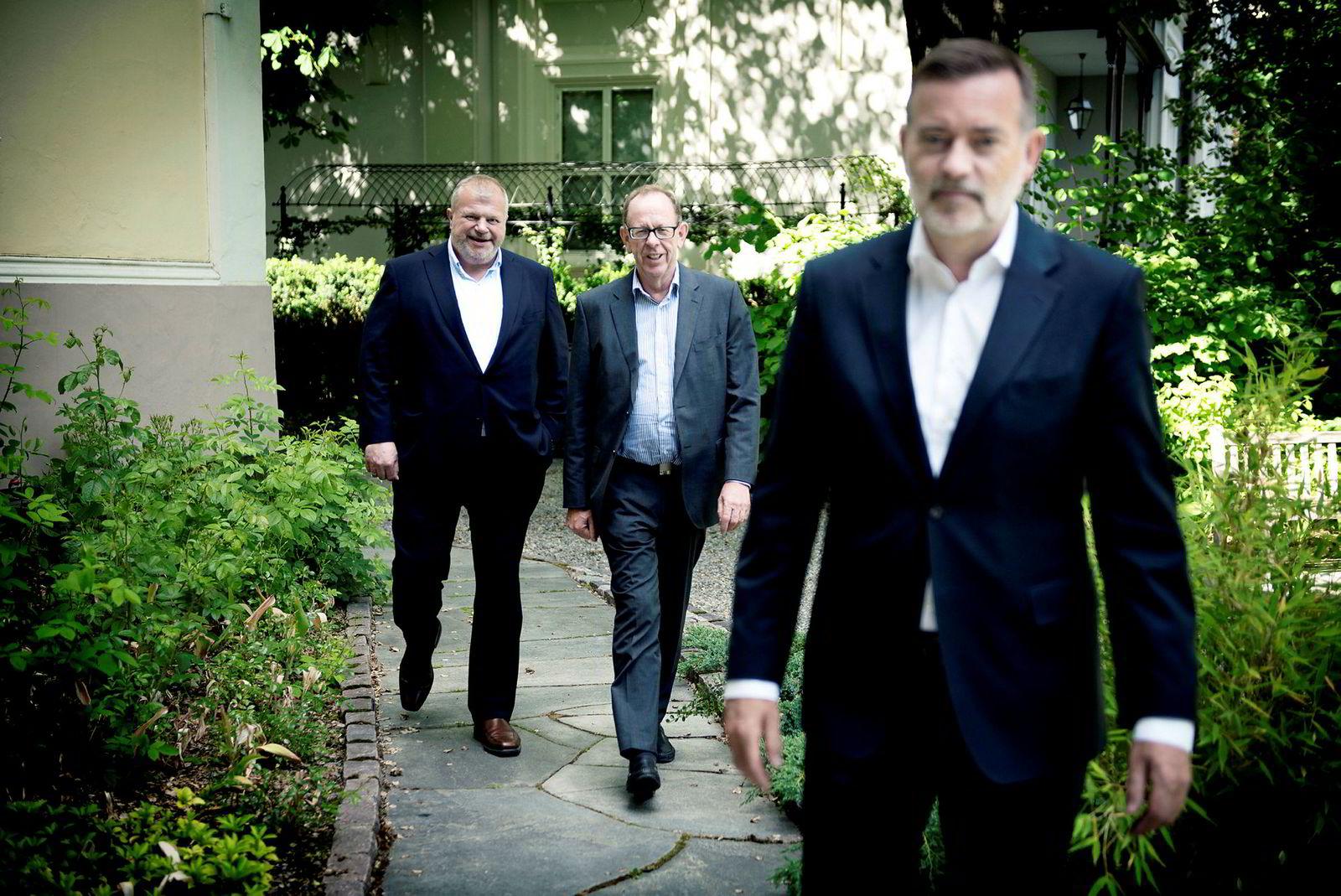 Pr-byrået Kruse Larsen eies av blant andre Jan Erik Larsen (til høyre) Bjarne Håkon Hanssen og kjøpesenterkongen Lars Løseth (i midten).