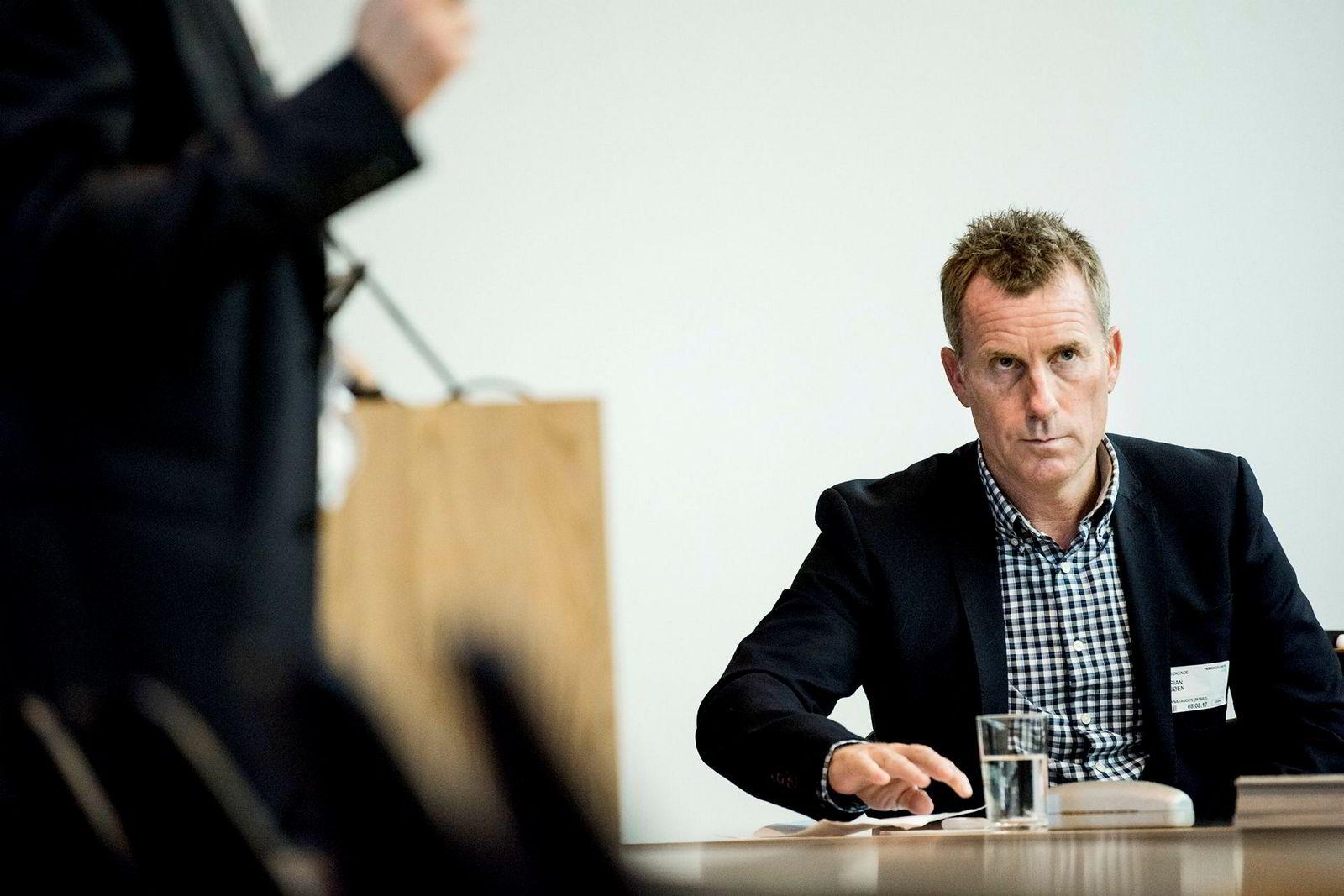 Daglig leder i Stillasgruppen Brian Sjøen mener formuesskatten ødelegger for norsk næringsliv. Han må betale skatt av utstyr selv om bedriften har hatt det tøft som følge av oljekrisen.