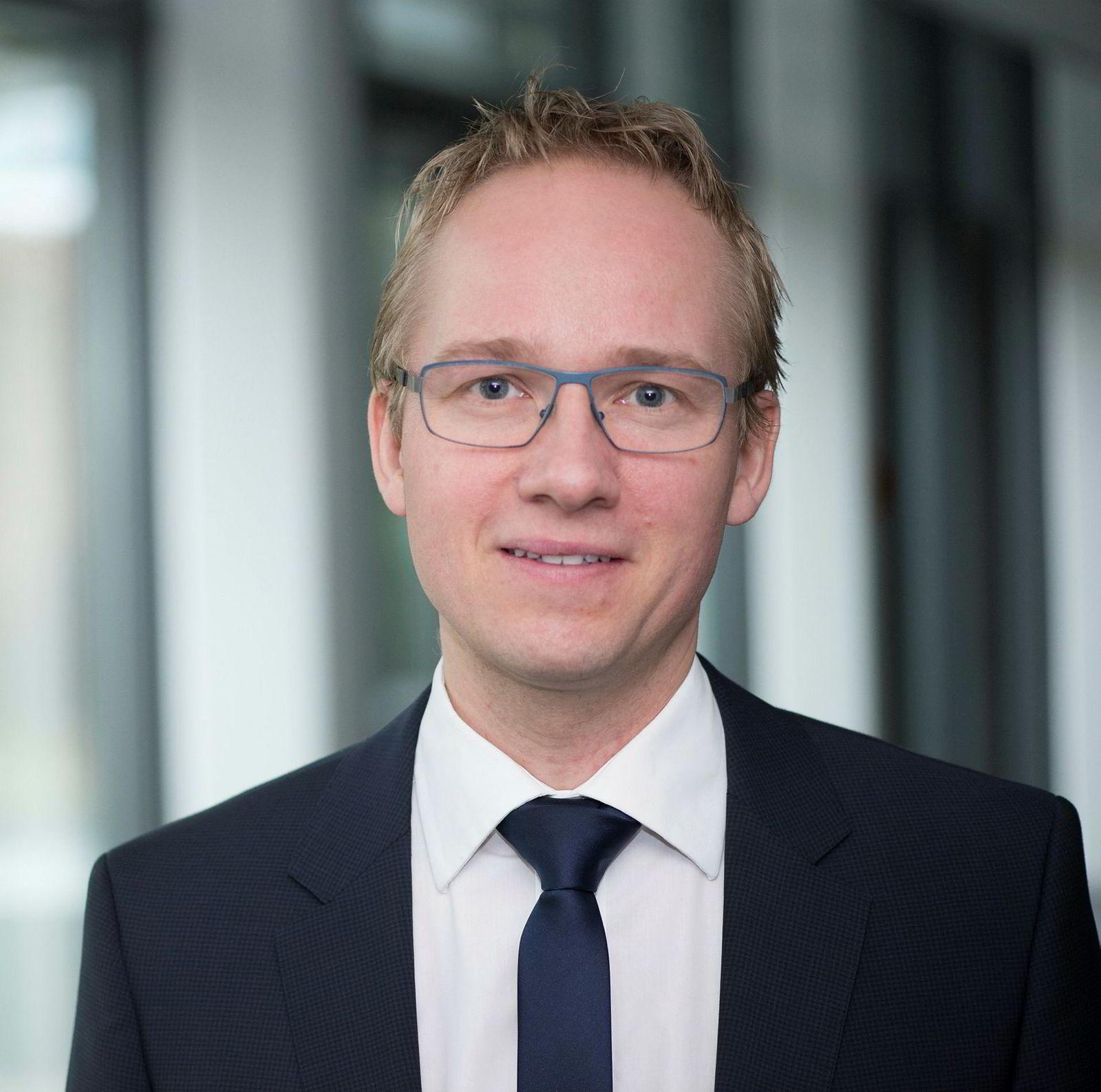 Jacob Pedersen er aksjeanalysesjef i danske Sydbank.
