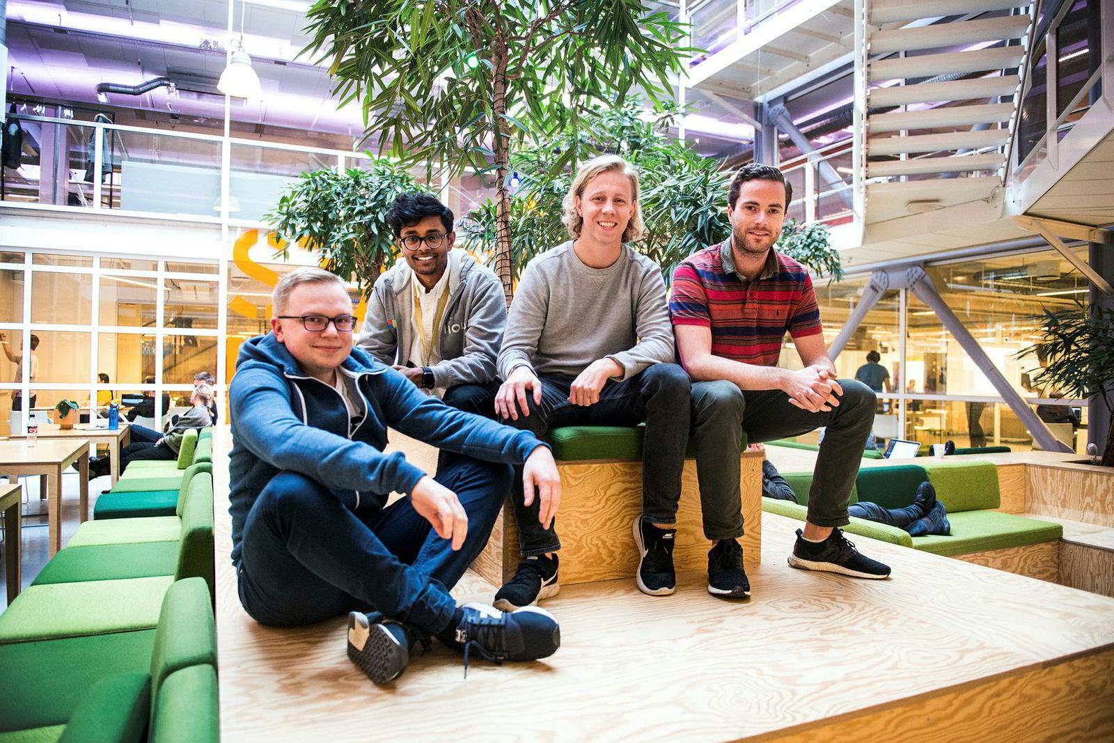 Fra venstre: Michal Pietrzyk, CFO Vinoth Vinaya, CEO Maths Mathisen og CTO Ole Nordviste i StartupLabs lokaler på Forskningsparken i Oslo. Snart flytter de virksomheten til London.