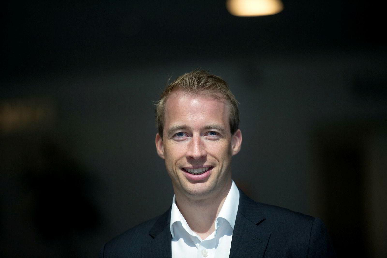Teodor Sveen-Nilsen er oljeaksjeanalytiker i Sparebank 1 Markets.