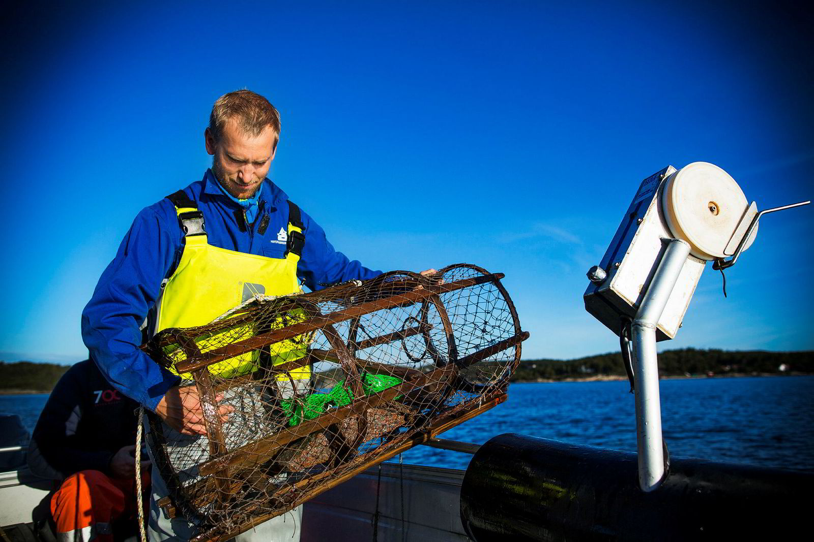 Forsker Alf Ring Kleiven ved Havforskningsinstituttet står bak beregningen som viser at 14.500 hummerteiner går tapt årlig under hummerfisket.