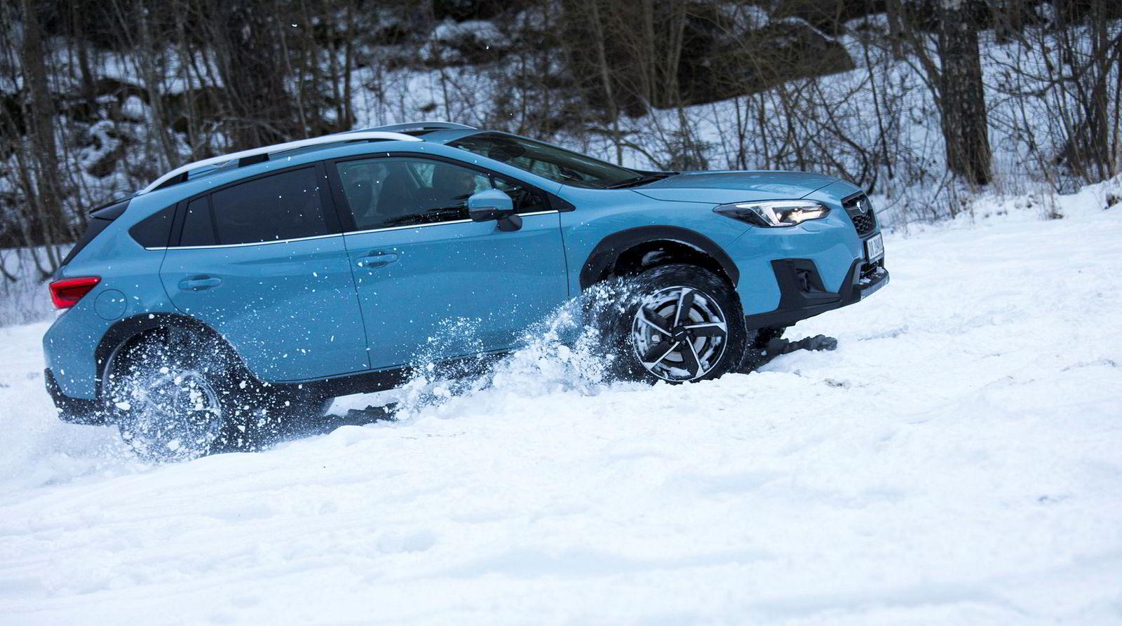 Firehjulsdrift, og ikke minst, høy bakkeklaring er en velsignelse når snøen laver ned i store deler av landet.