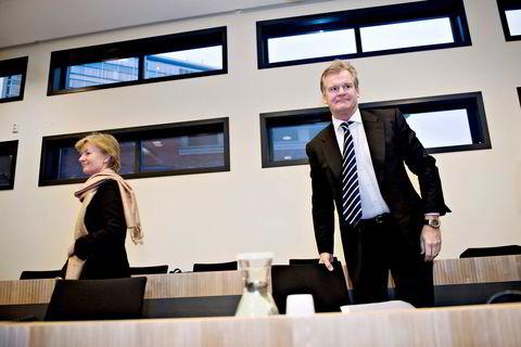 2007. Fredriksen og Trøim la seg ut med Oslo Børs, etter en børsbot mot riggselska- pet Eastern Drilling. Trøim møtte børsdirektør Bente Landsnes i retten.