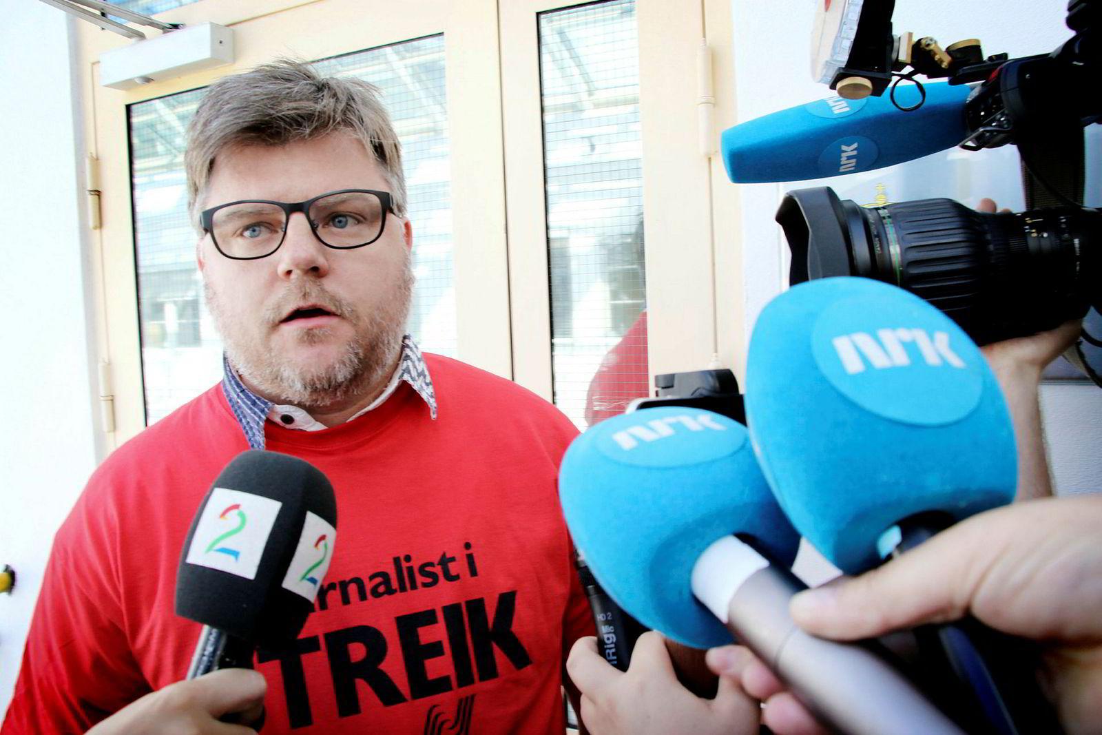 NJ-leder i NRK Richard Aune, fotografert under streiken i NRK tidligere i år. Foto: Erik Johansen / NTB scanpix ---