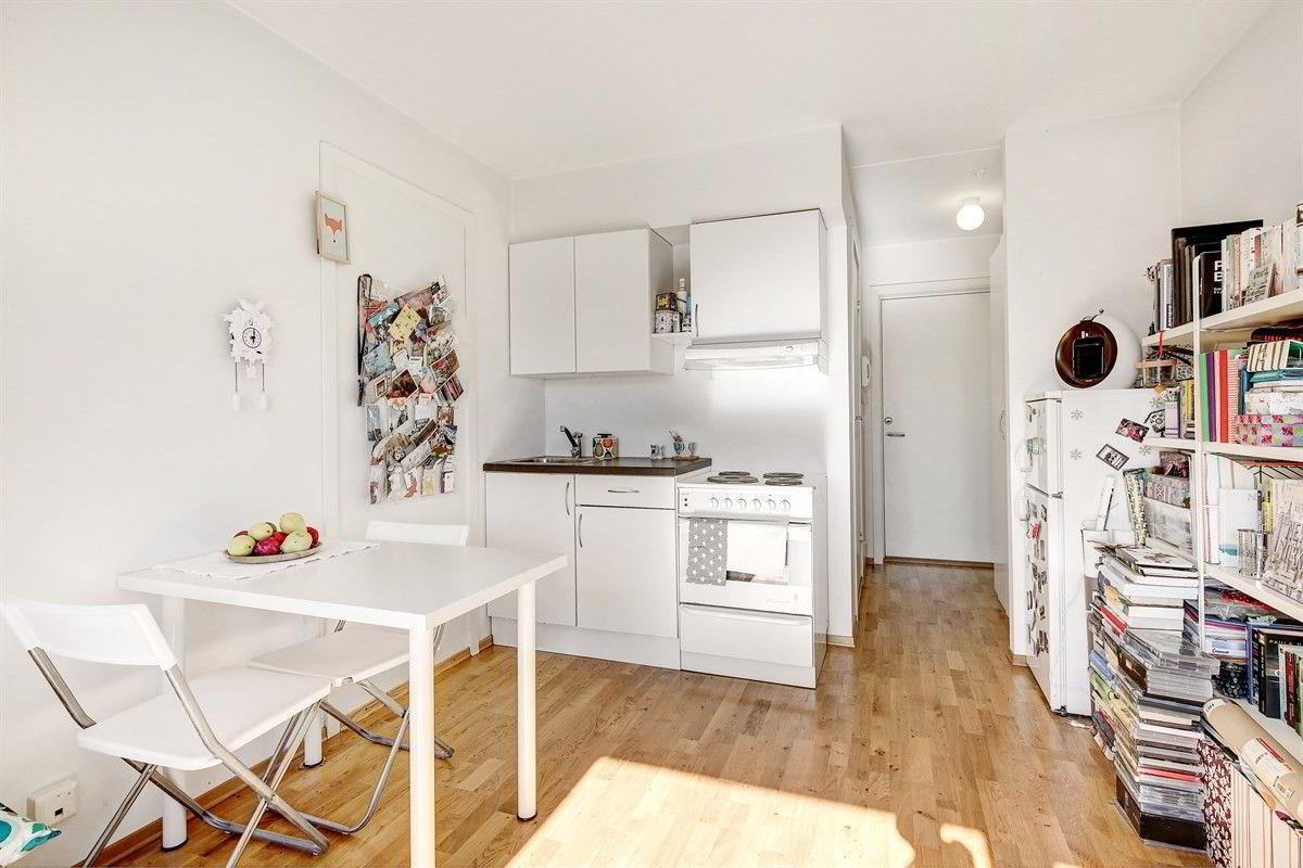 Denne leiligheten på Carl Berner ble kuppet torsdag denne uken, etter å ha ligget på Finn.no i to dager. Leiligheten hadde en prisantydning på 2,9 millioner kroner, men ble solgt for 3,5 millioner kroner, ifølge eiendomsmegler Per-Kristian Hansen i Aktiv.