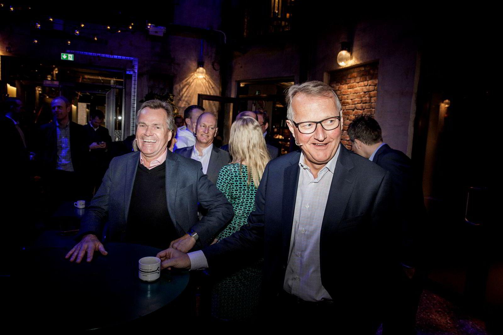 Konsernsjef Finn Haugan i Sparebank 1 SMN og DNBs konsernsjef Rune Bjerke fant sammen i november i fjor. Mandag laget de en avtale om å dele på Vipps-appen.