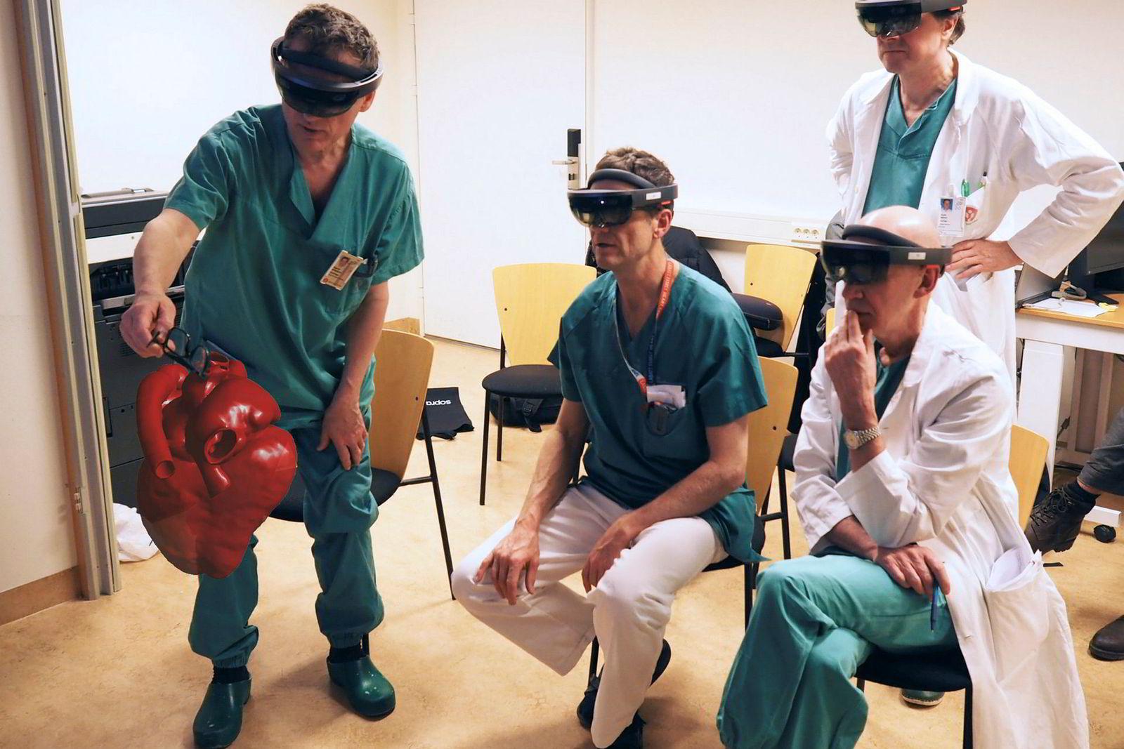Illustrasjon. AR og VR kan for eksempel hjelpe kirurger til å forberede operasjoner bedre og simulere inngrep.