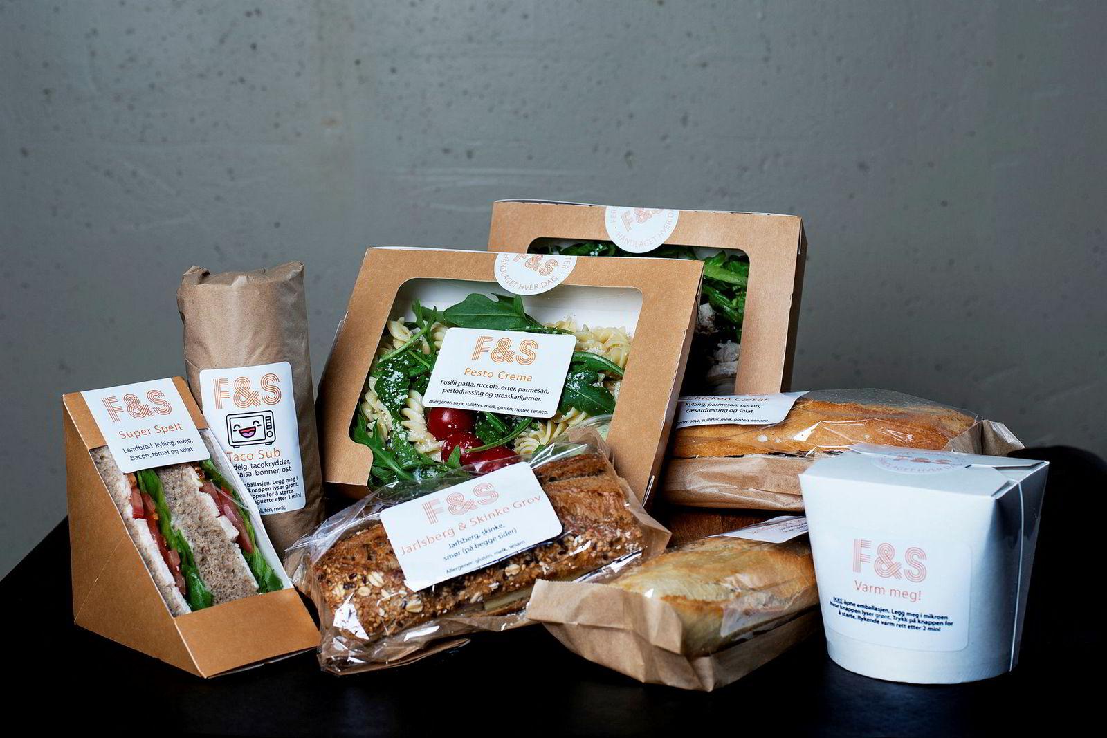 Noe for alle: Friske salater med hjemmelaget dressing, sprø bagetter, wraps og gryteretter med ris og kjøtt. Alt dette, og mye mer, får du i en Frigg Kantine.