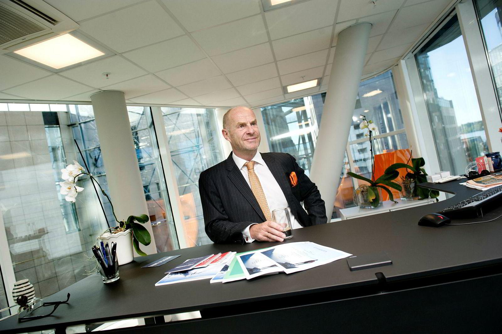 Administrerende direktør Sverre Bjerkeli i Protector Forsikring varsler tap på boligselgerforsikringer i tredje kvartal som følge av insektet skjeggkre.