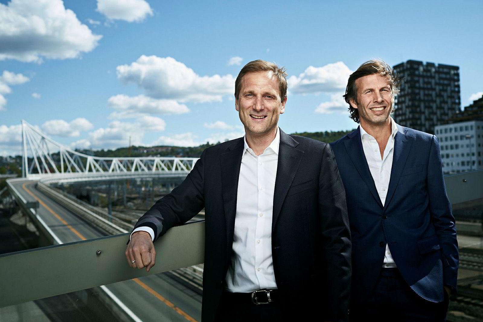 Petter Hellman (til venstre) tok over som konsernsjef i mai. Her sammen med styreleder og en av eierne, Øyvind Schage Førde.