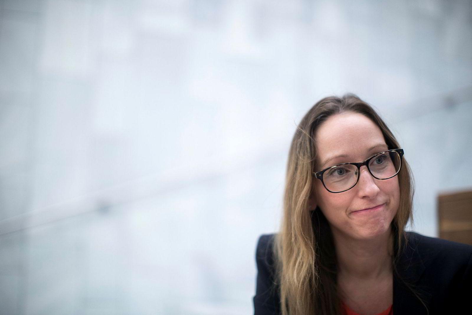 Sjeføkonom Kjersti Haugland i DNB Markets sier det er høy risiko i Trumps forhandlingstaktikk