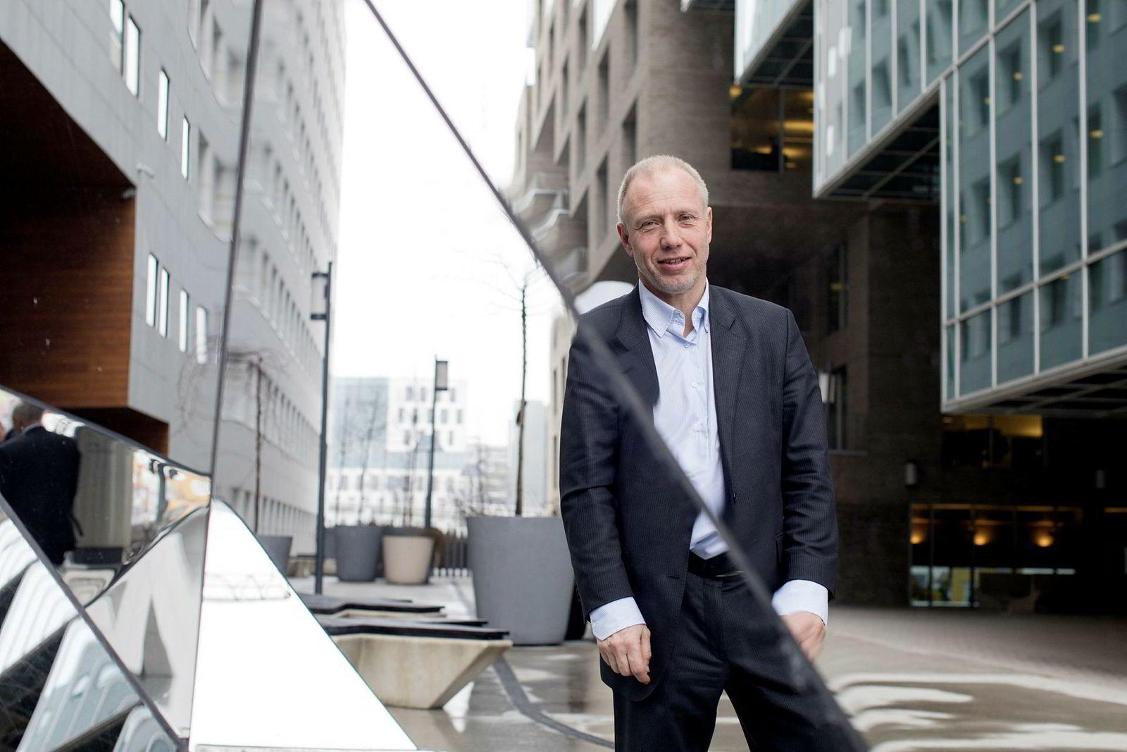 Aksjestrateg Kristian Tunaal i DNB Markets tar ut oljeserviceselskapet Kværner fra porteføljen denne uken.
