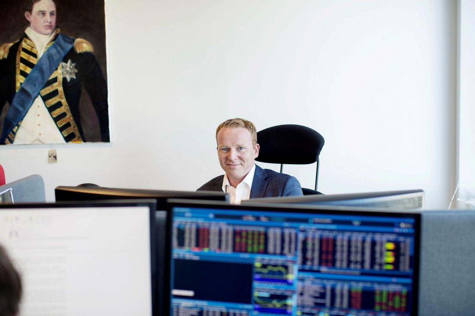 Analytiker Lars-Daniel Westby mener Norwegian derfor har to alternativer for å opprettholde driften.