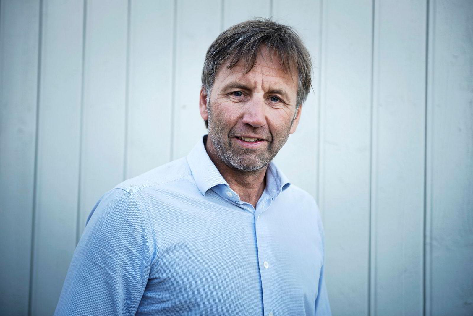Karl-Einar Jensen tror alle norske hjem på sikt vil ha bokser for netthandel på trappen, men erkjenner at det vil bety milliardinvesteringer.