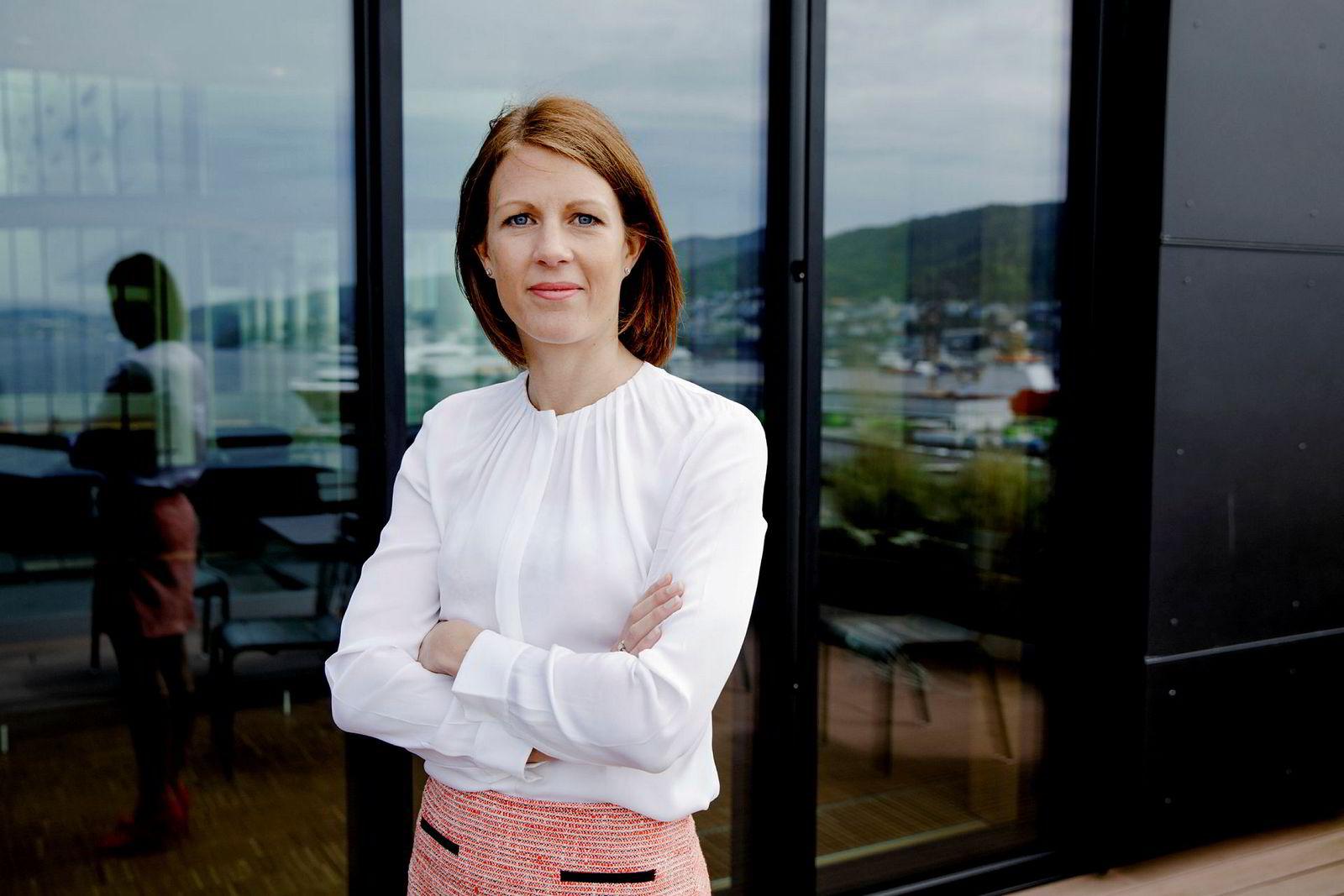 Ragnhild Janbu Fresvik, konsernleder bedriftsmarked i Sparebanken Vest, følger tett med på hvordan bedriftsinvesteringene på Vestlandet utvikler seg. Nå ser hun en nedgang.
