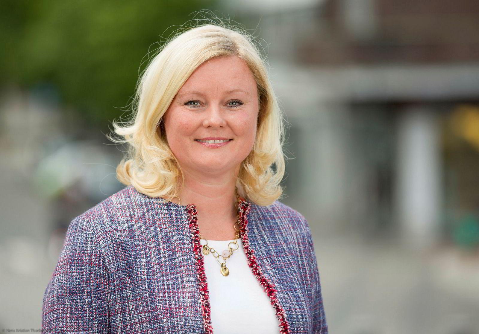 Fraksjonsleder i Byutviklingskomiteen Pia Farstad von Hall mener det er bra at Raymond Johansen vil kjøpe opp de aktuelle bygårdene fra Ivar Tollefsen.