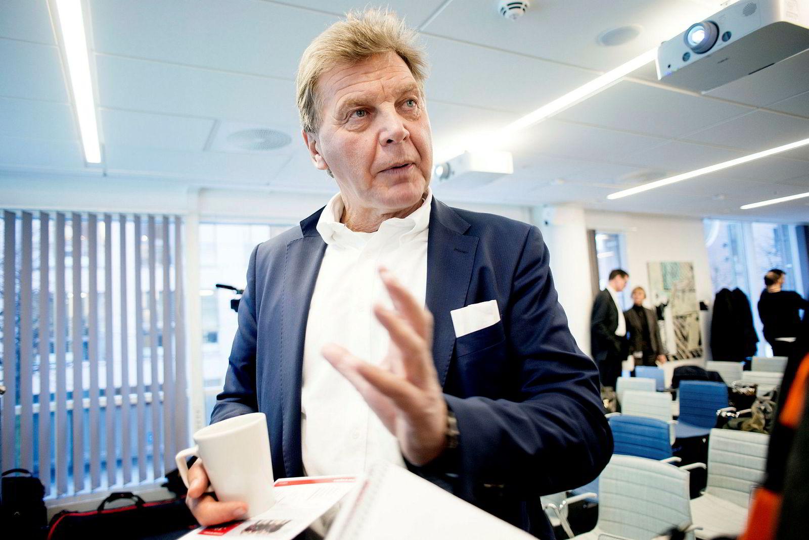 Styreleder Bjørn Kise i Bank Norwegian mener retningslinjene fra myndighetene er firkantede og stivbente.