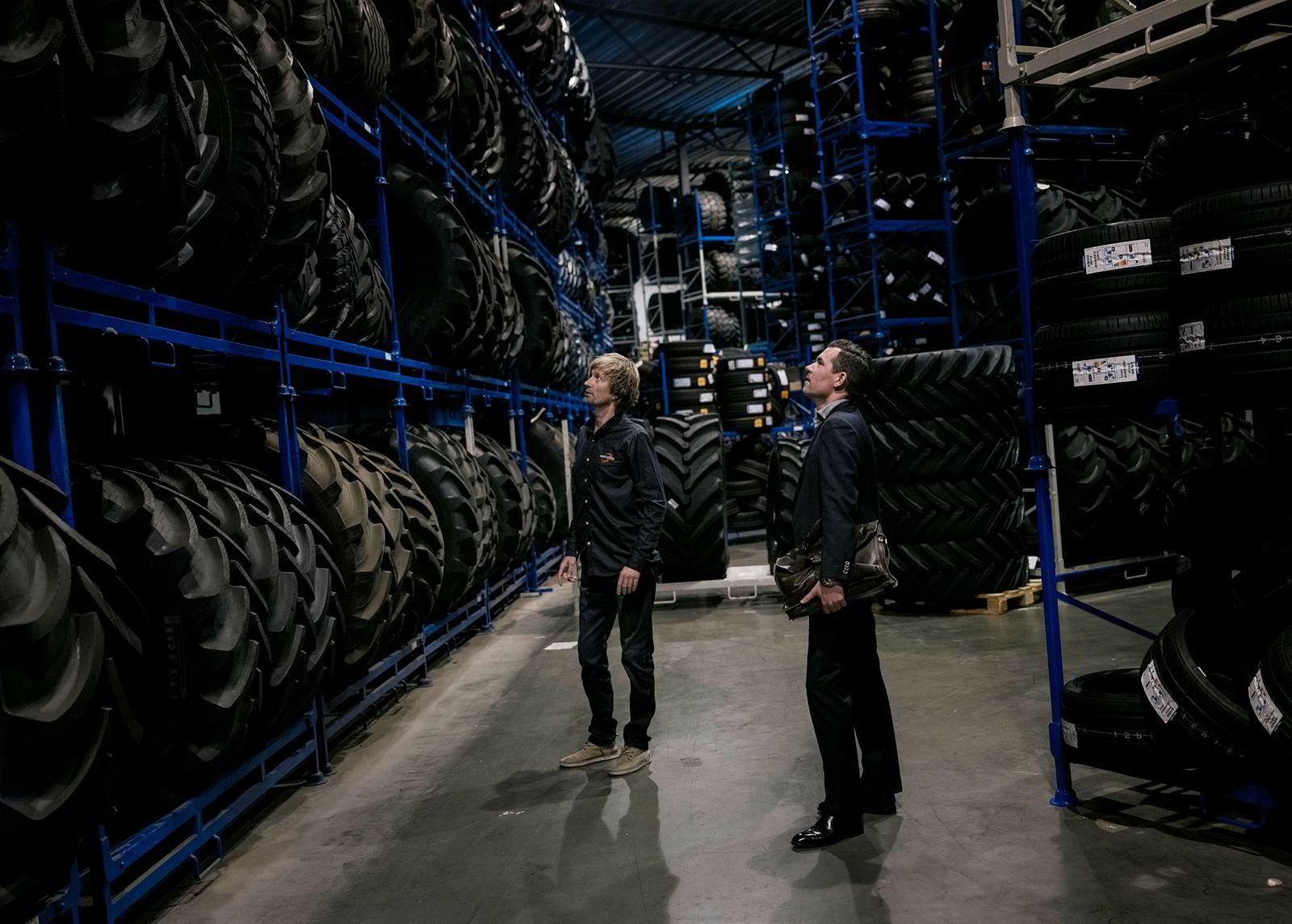 Norgesdekk er landets største dekkgrossist med en omsetning på 766 millioner kroner i fjor og et driftsresultat på 87 millioner kroner.