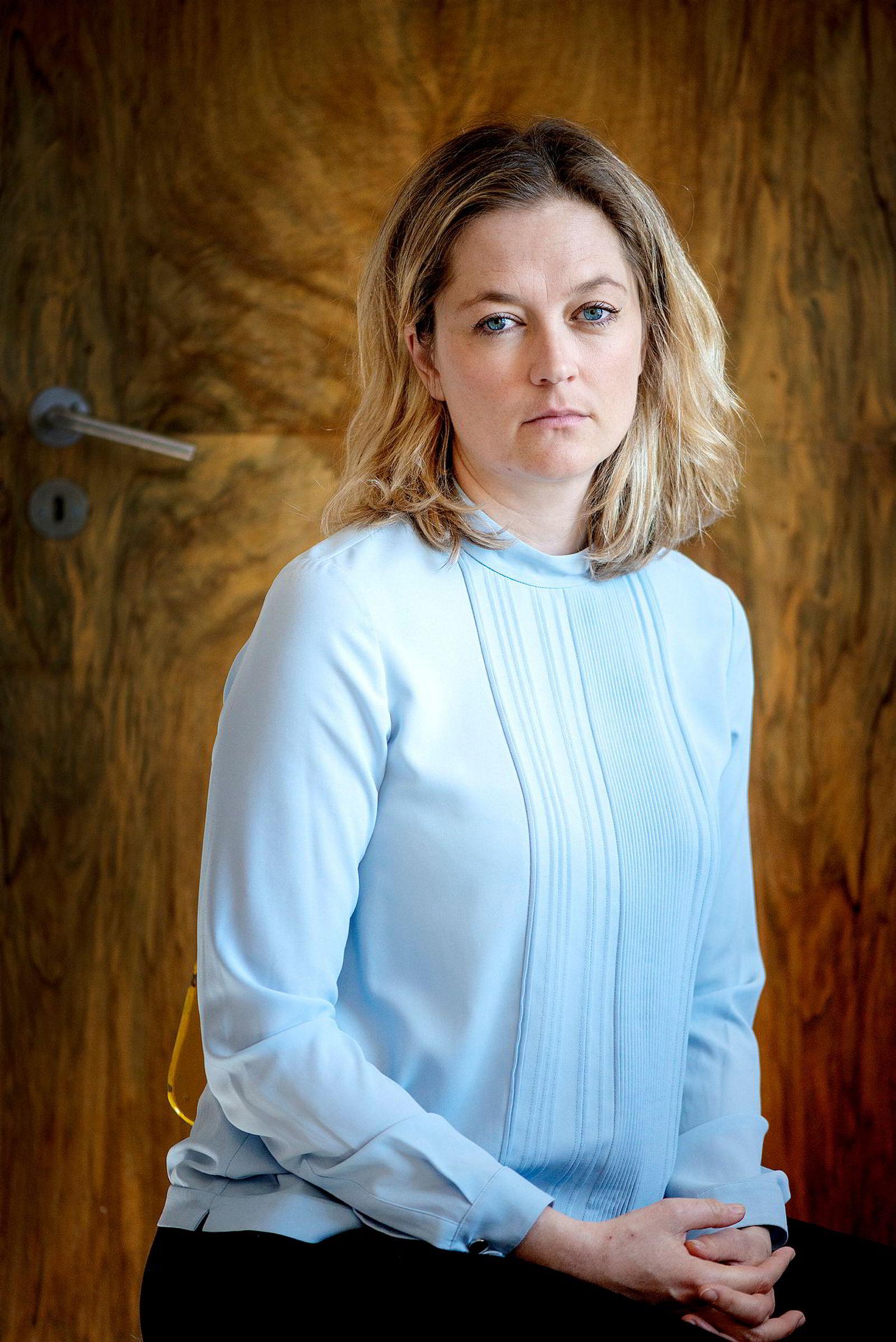Adele Matheson Mestad, direktør for Norges institusjon for menneskerettigheter, påpeker at det forventes mye av jusstudentene, noe som gjør saken alvorlig.