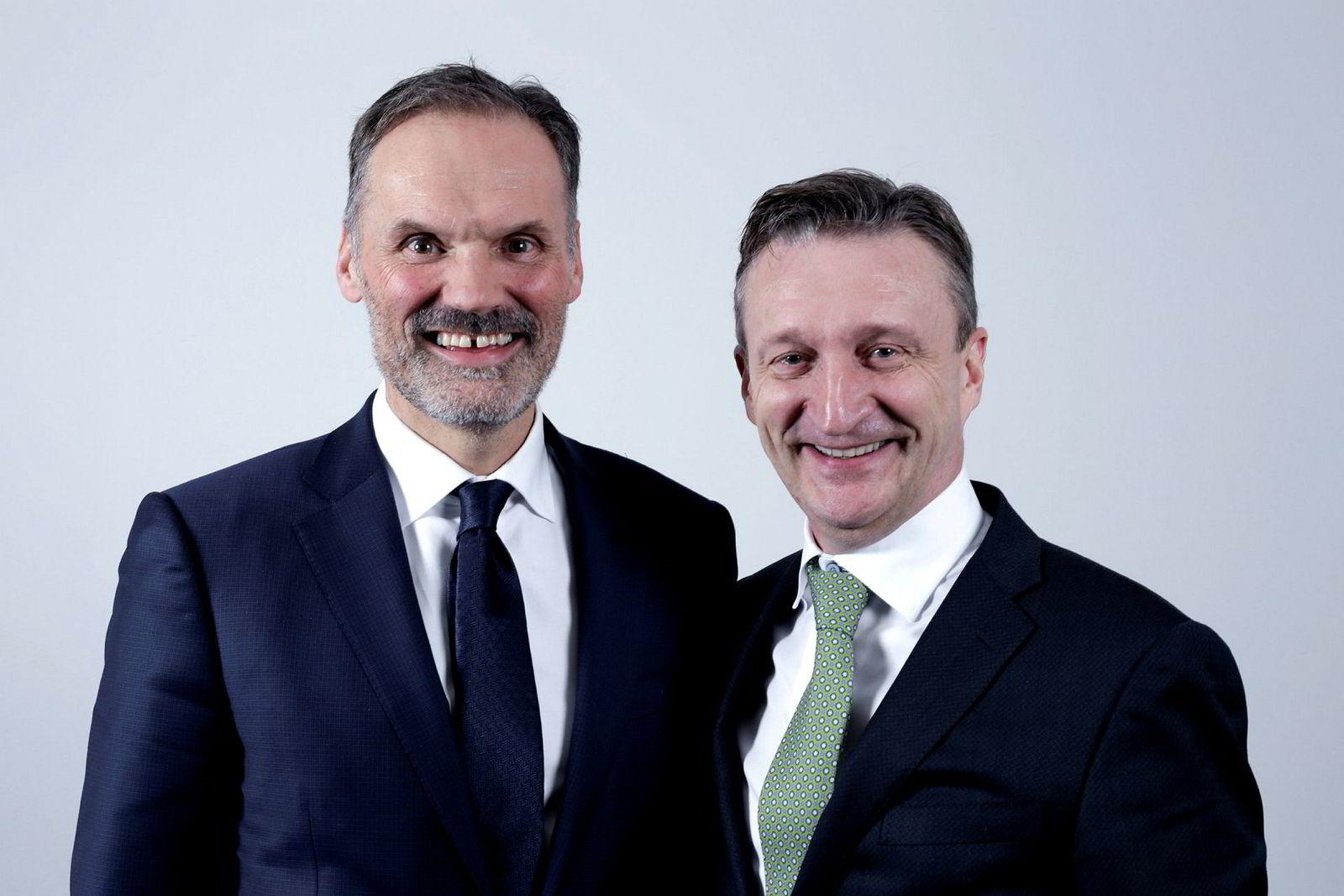 F.v. Lindorff-sjef Klaus-Anders Nysteen og Intrum Justitia-sjef Mikael Ericson.