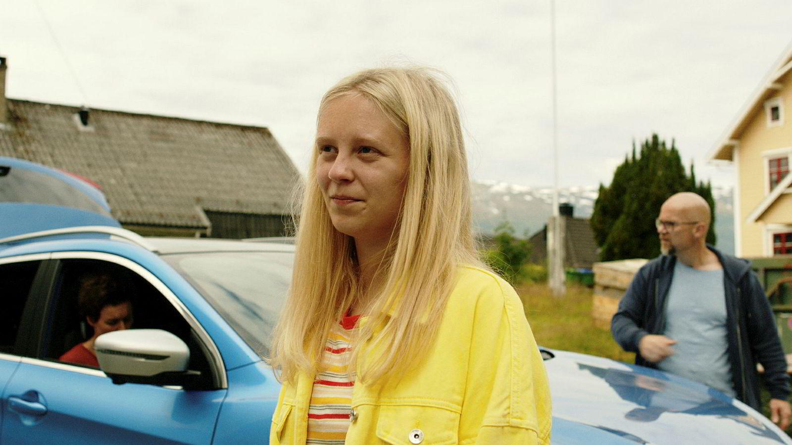 Gunnhild, som spilles av Kristine Ryssdalsnes Horvli, fyller 16 i NRK-serien «Lovleg».