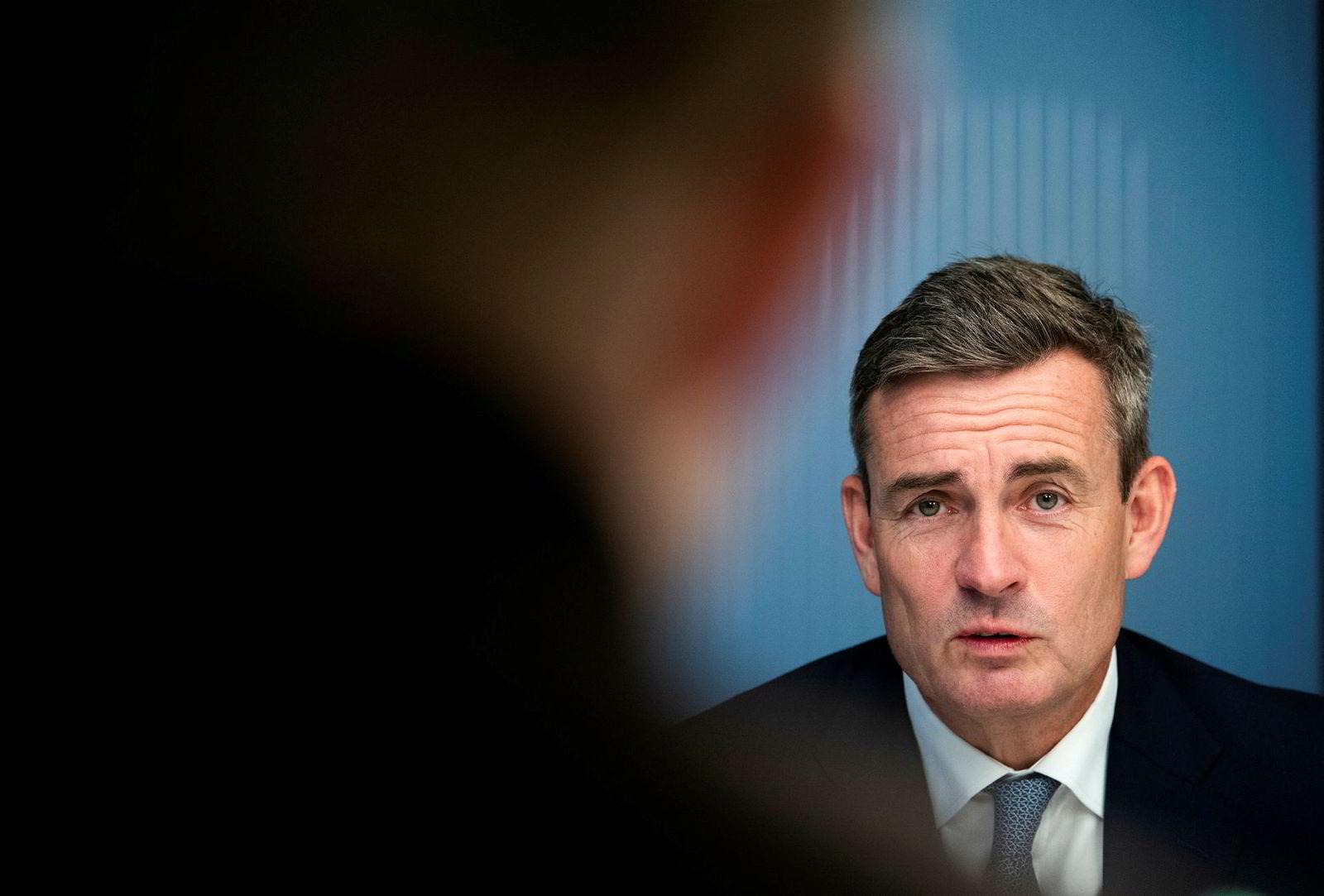 – Avstemningen i går har jo økt risikoen for en «hard brexit», sier konserndirektør i DNB Harald Serck-Hanssen.