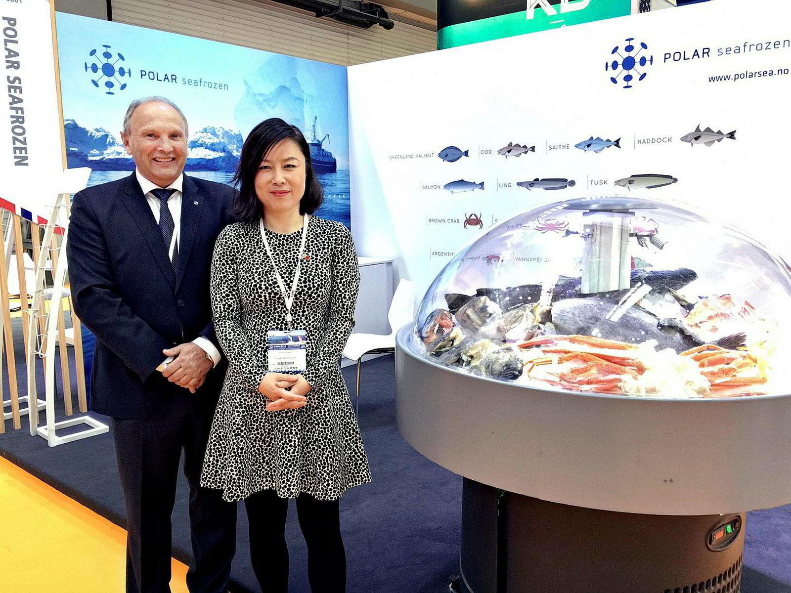 I November var Bjørn Otterlei og Chun Ling Wang fra Polar Seafrozen til stede på en sjømat- og fiskerikonferanse Qingdao, Kina