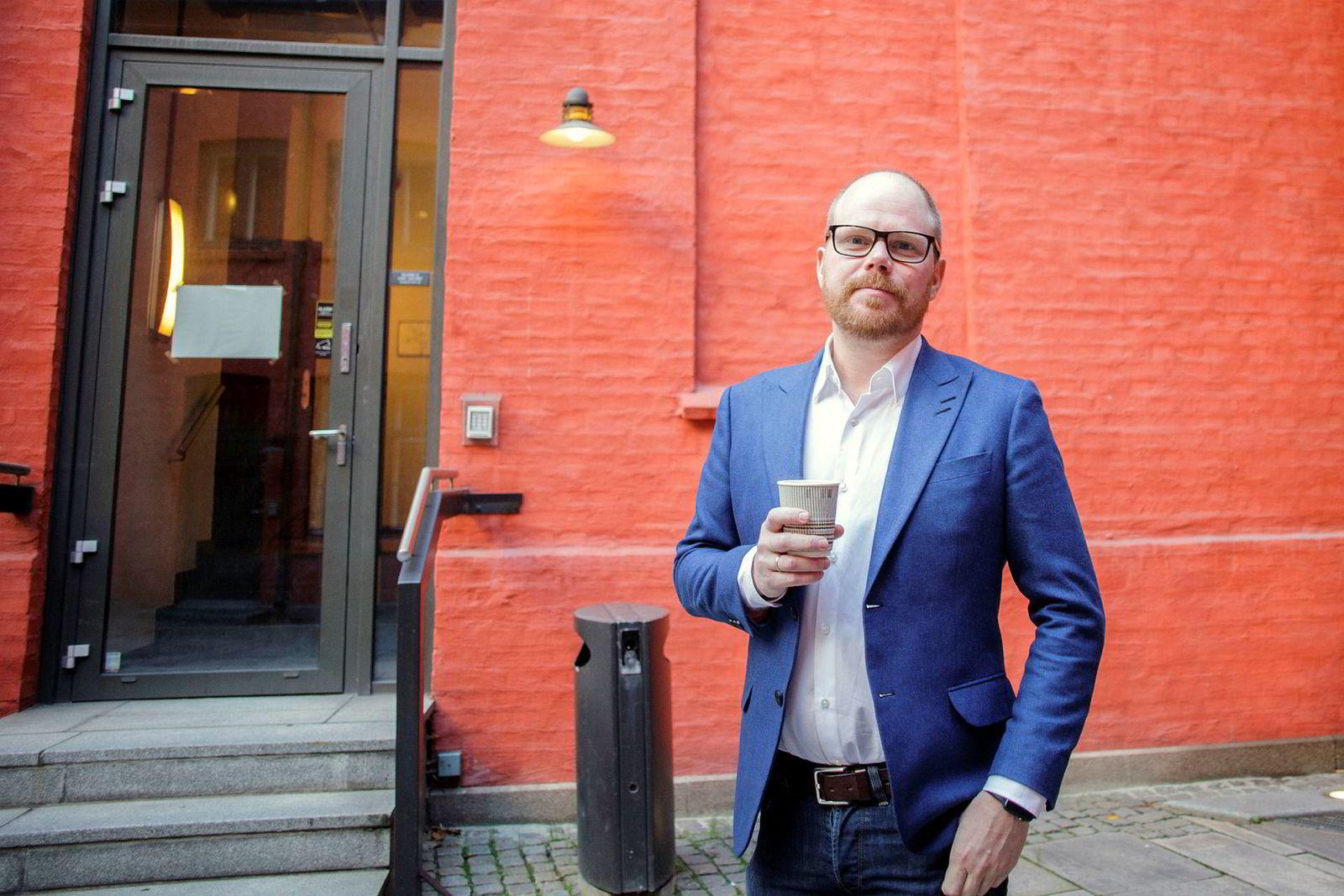 Sjefredaktør i VG, Gard Steiro, opplever mindre annonseinntekter.