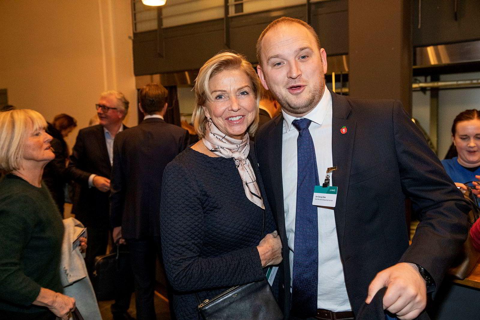 Berit Kjøll og statsråd Jon Georg Dale var til stede i Oslo Spektrum.