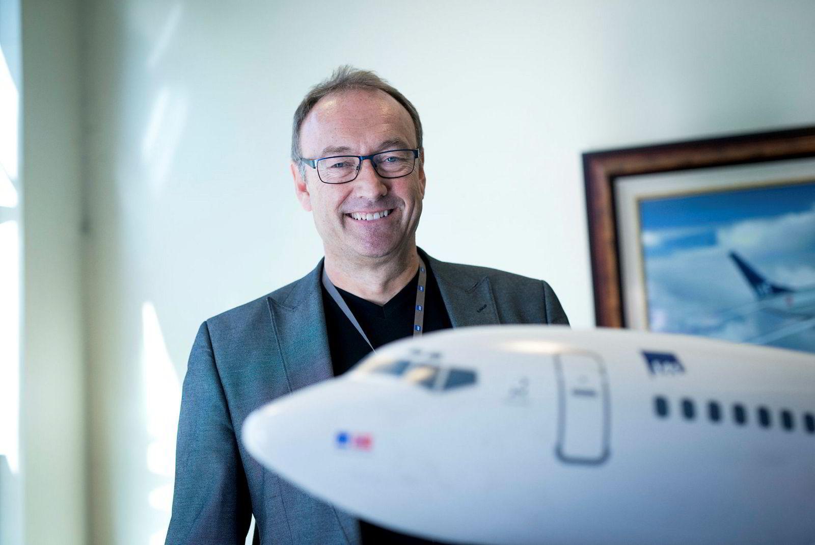 Knut Morten Johansen , kommunikasjonssjef i SAS forteller at det er været som i hovedsak har skylden for forsinkelser og kanselleringer av fly.