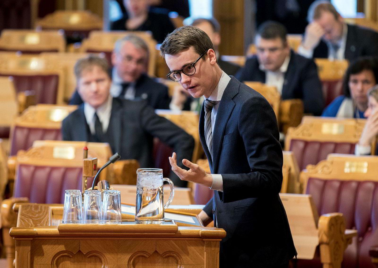 Tore Storehaug (KrF) er delvis enig i DNs taxfree-forslag.