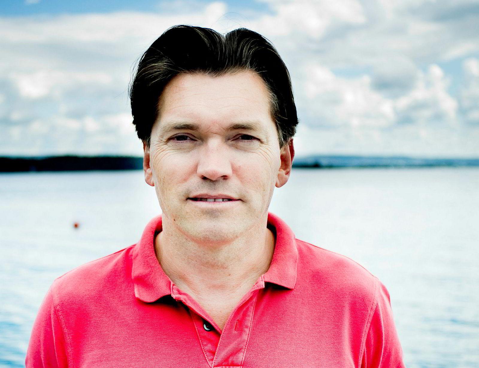 Investor Arne Fredly får en eierandel på 0,3 prosent i det nye entreprenørkonsernet