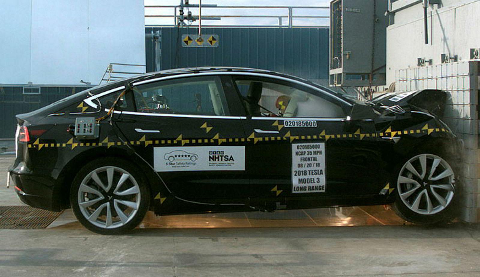 NHTSA-test av Tesla Model 3.