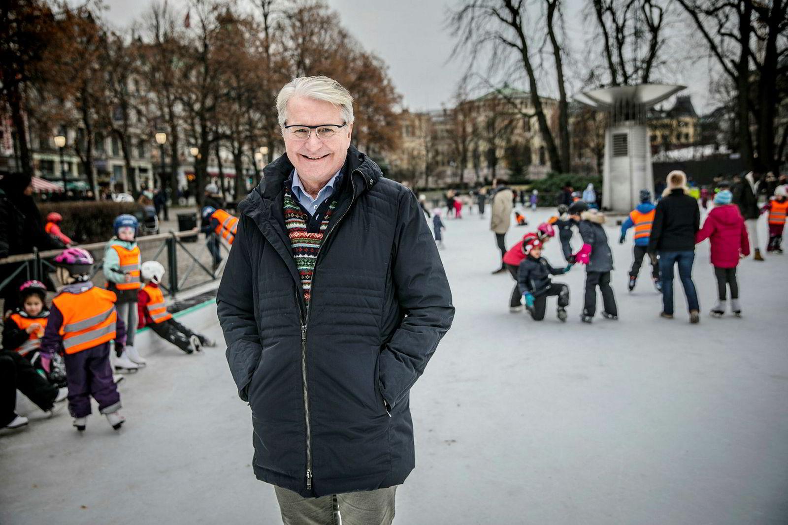 Statssekretær Fabian Stang (Høyre) var sent oppe natt til julaften og tvitret om Giske-saken.