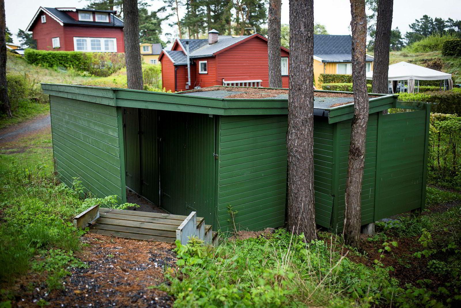 Den 38 kvadratmeter store Lindøya-hytta deler utedo med naboer.