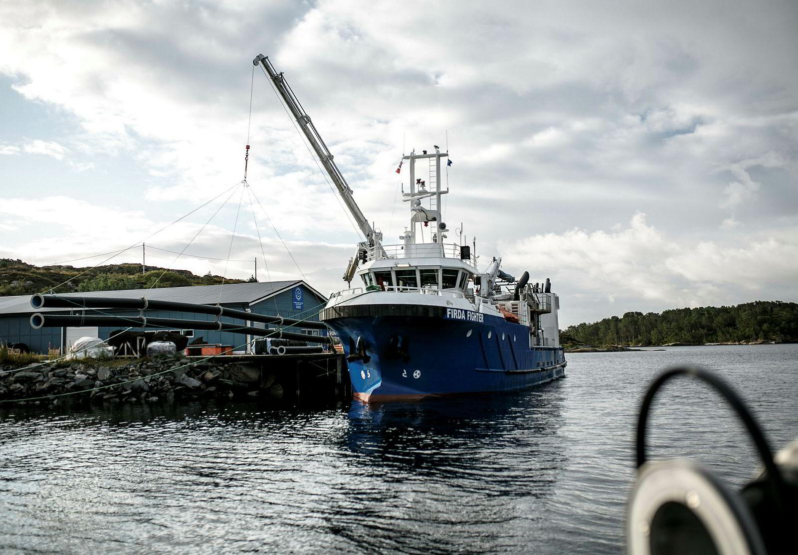 «Firda Fighter» er Firda Seafoods nyinnkjøpte båt for lakselusbekjemping.