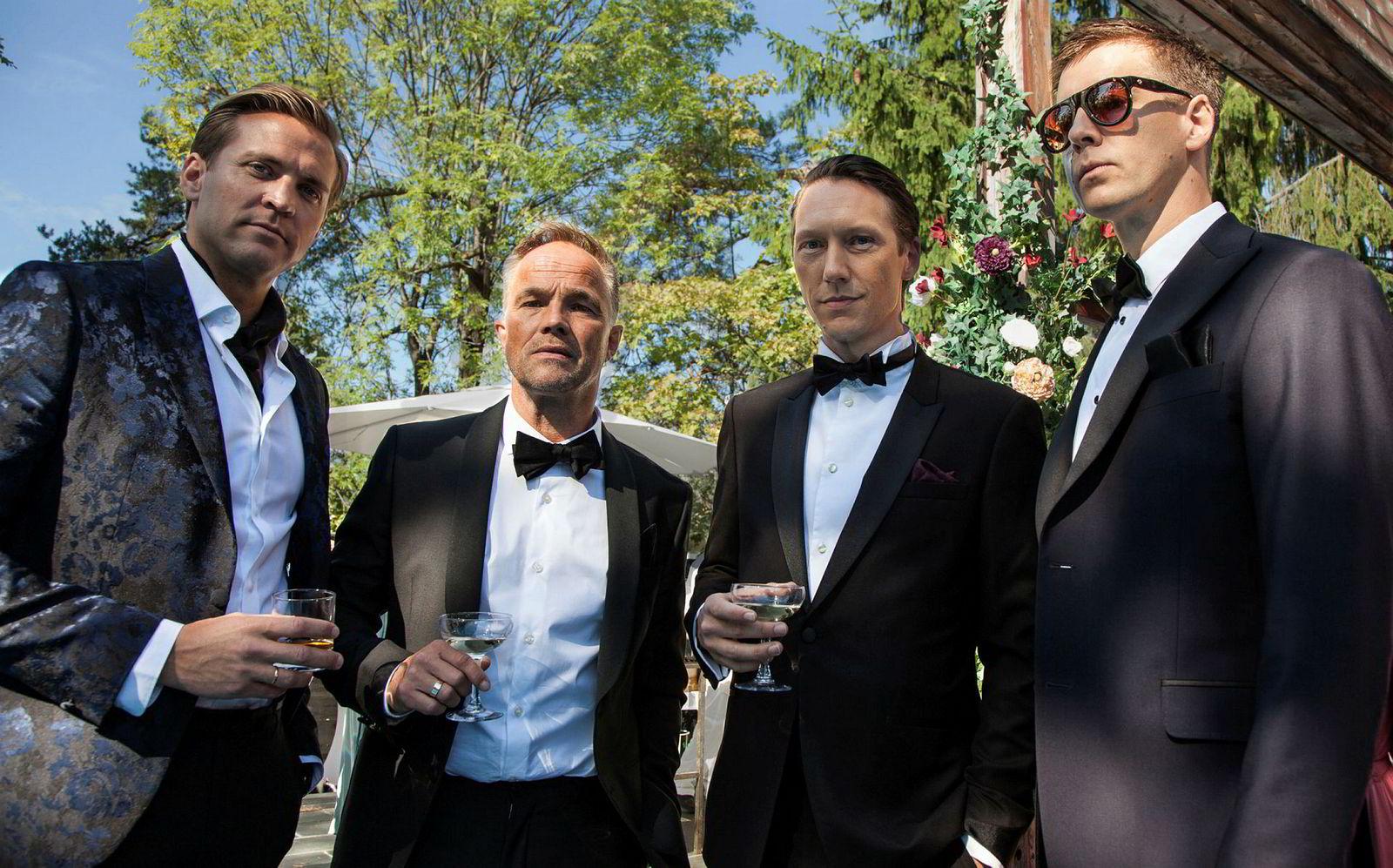 Henrik, Jeppe, Adam og William er fire menn i finansbransjen som trår langt over moralske grenser i jakt etter spenning.