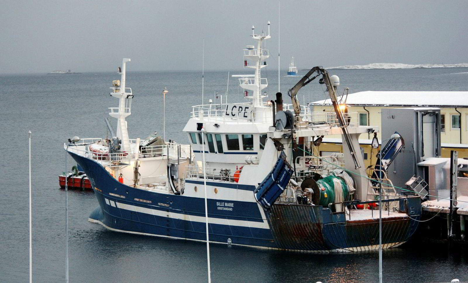 Industritråleren Sille Marie skal ha kostet over 200 millioner kroner inkludert kvoter da gasellevinner Aamodt Fiskeri sammen med Salthaug-familien kjøpte båten i fjor.