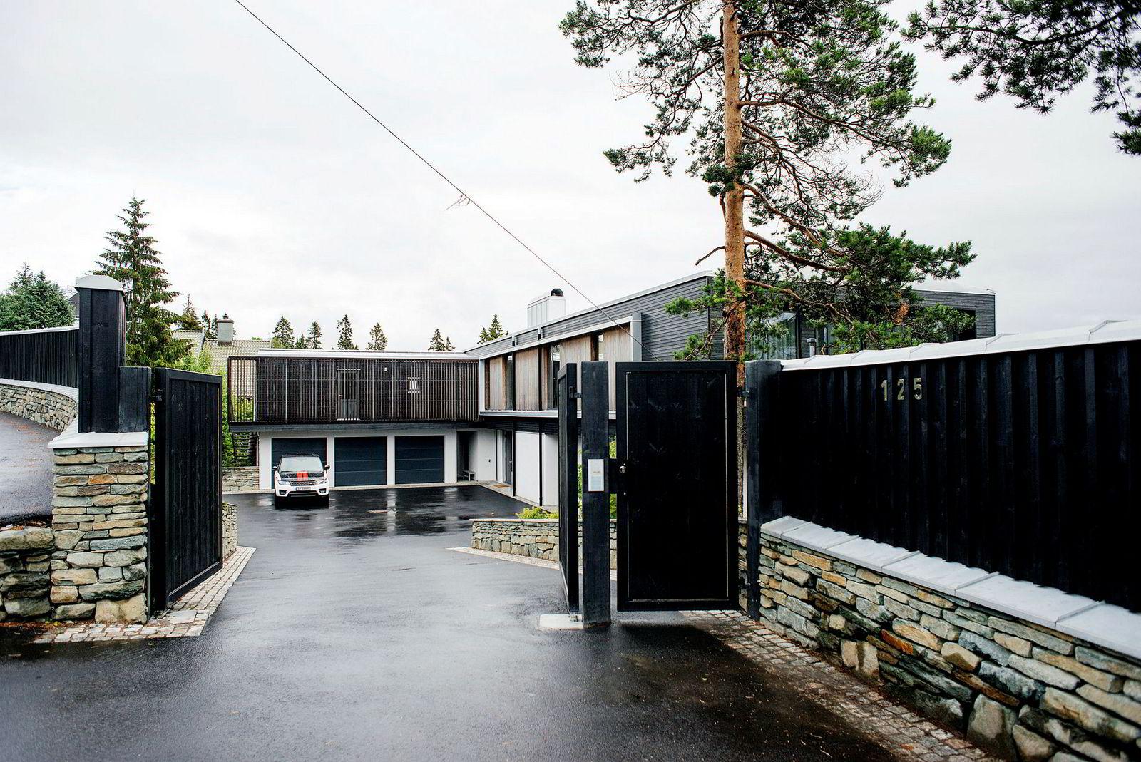 Louise Mohns bolig i Holmenkollen, som hun kjøpte med sin tidligere ektemann Erik Bertrand-Larsen for 75 millioner kroner i 2014.