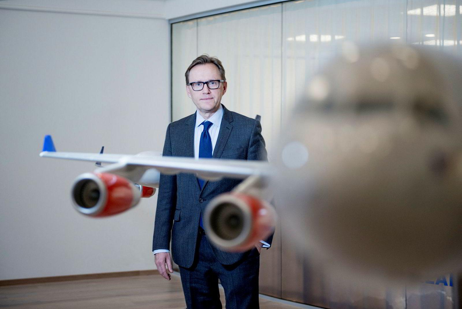 SAS' finansdirektør Torbjørn Wist kan ikke love direkteruter fra Norge til Kina, men flyr fra København og Stockholm. Om kort tid blir all trafikk samlet i København.