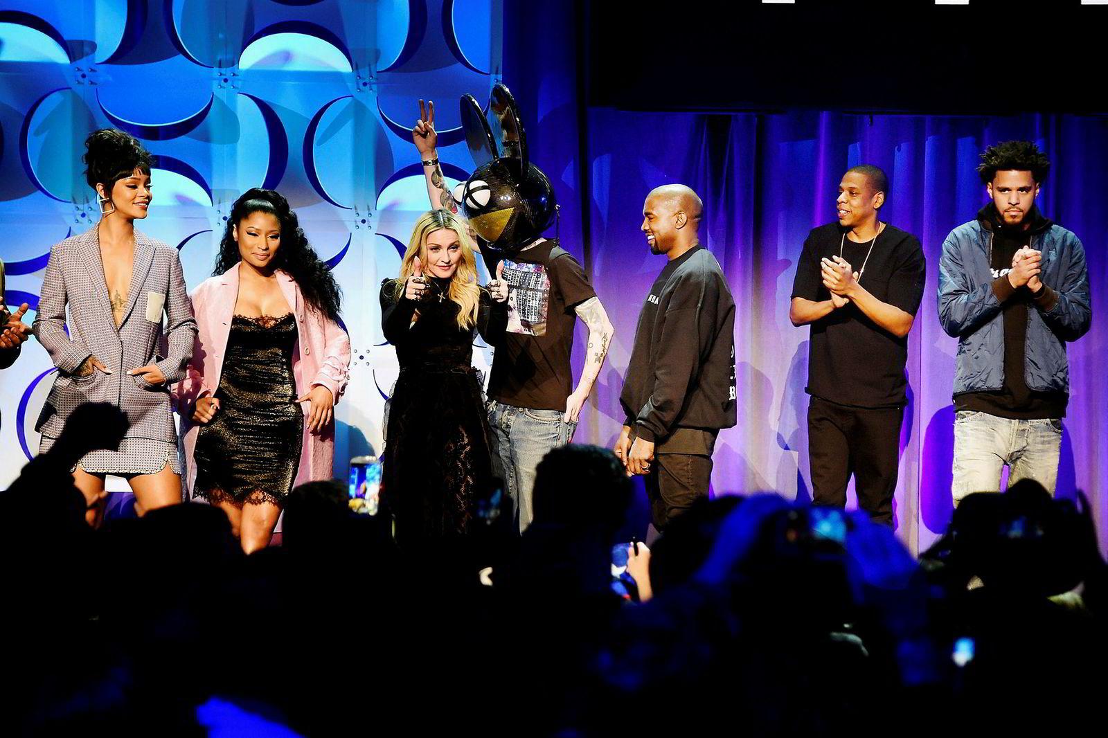 Tidal ble startet i Norge, men eies i dag av Jay Z (nummer to fra høyre), 20 andre verdenskjente artister og band, samt telekomselskapet Sprint. Fra venstre, Rihanna, Nicki Minaj, Madonna, Deadmau5, Kanye West, Jay Z og J. Cole.