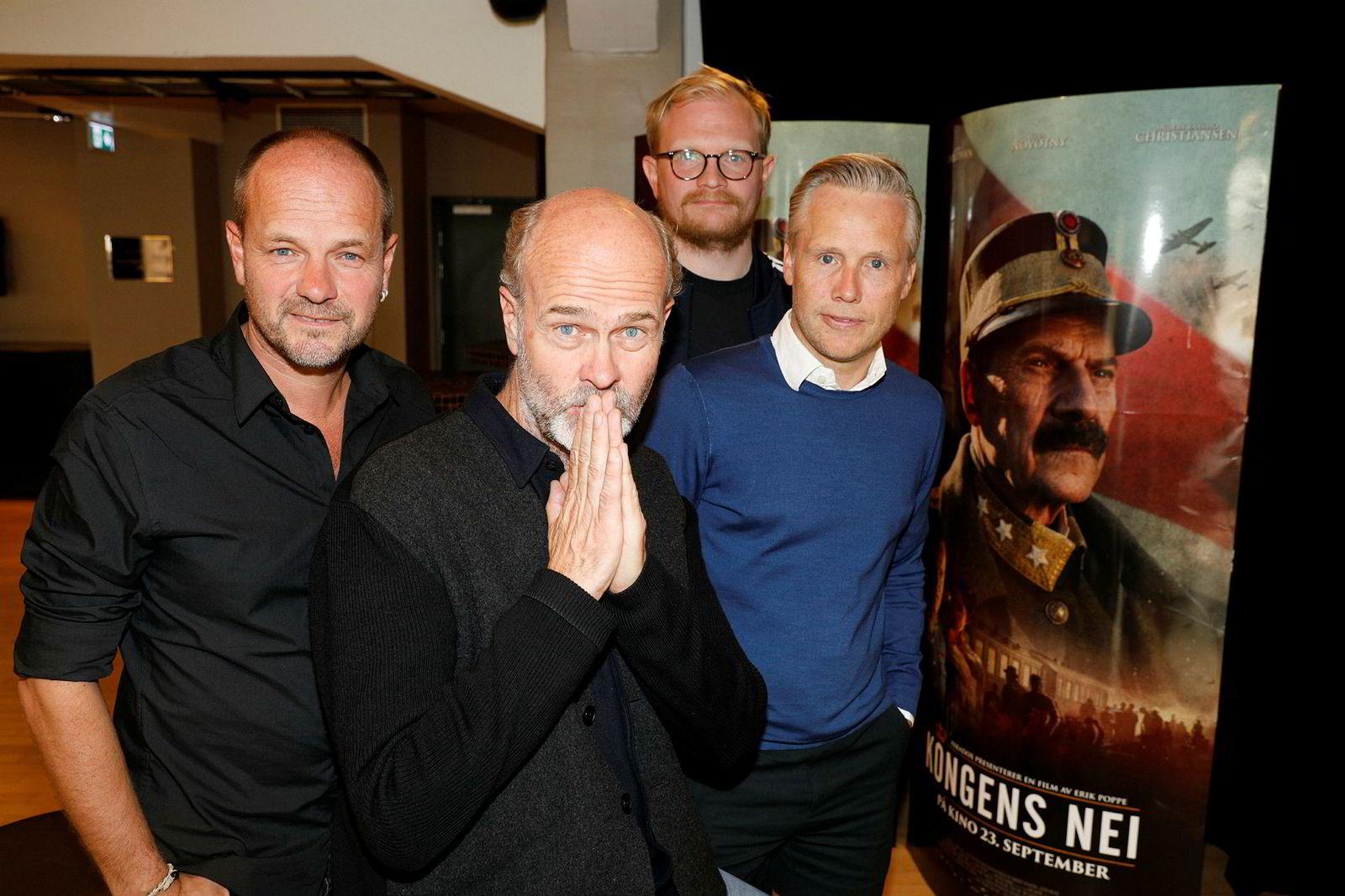 Regissør Erik Poppe (foran), manusforfatterne Jan Trygve Røyneland, Harald Rosenløw Eeg og produsent Stein B. Kvae.
