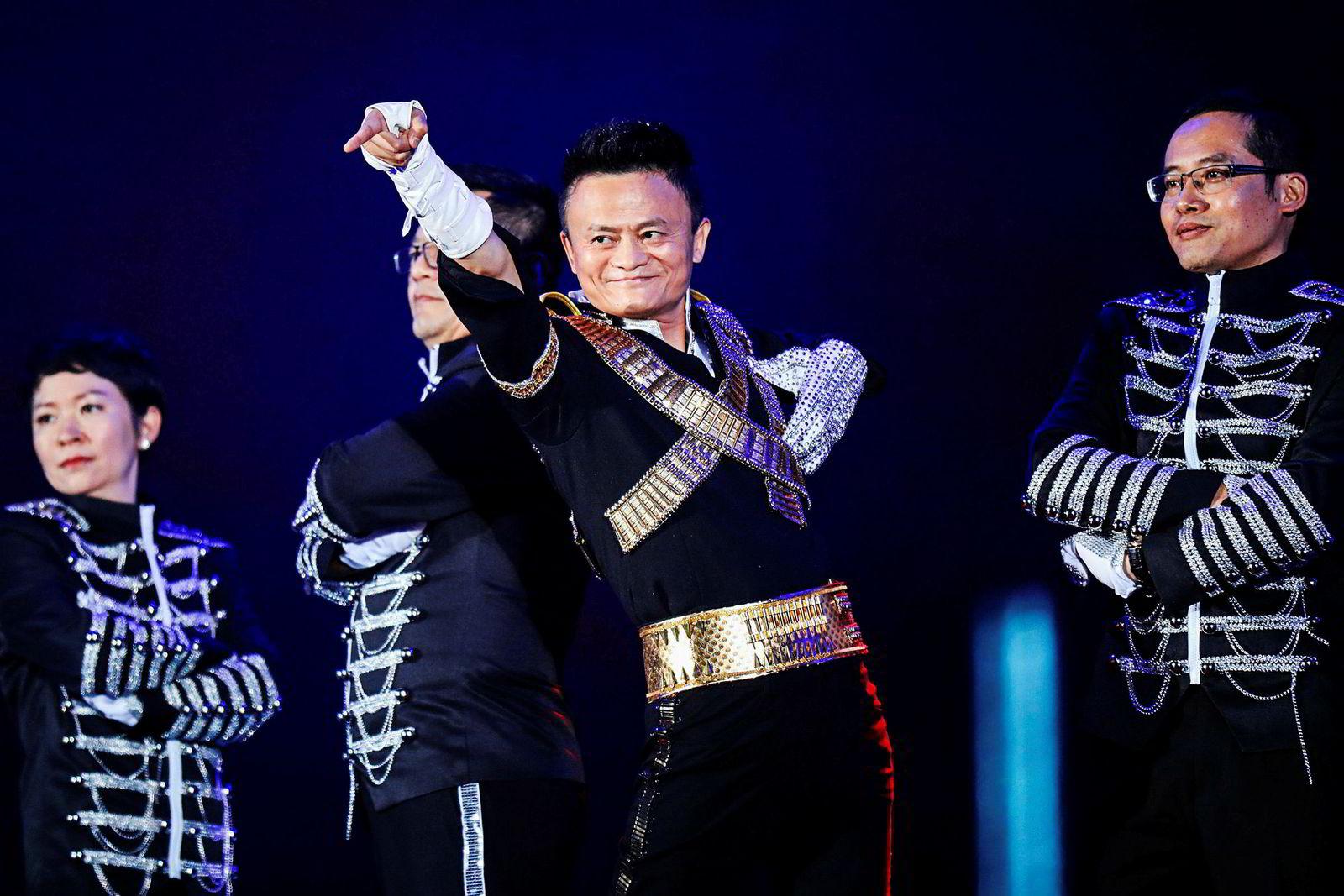 – Handelskrigen kan vare i 20 år. Det vil ikke være over den dagen president Donald Trump går av, sa grunnleggeren av internettselskapet Alibaba, Jack Ma, tirsdag.